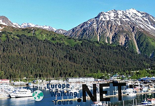 Vous partirez à la découverte de lAlaska, pays des grands espaces et des.